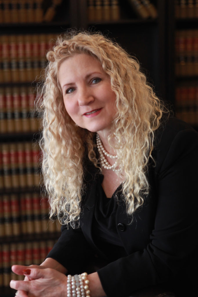 Robin Hall - Paralegal - Jeff Jinks Law Indianapolis Carmel Real Estate and Elder Law Attorneys