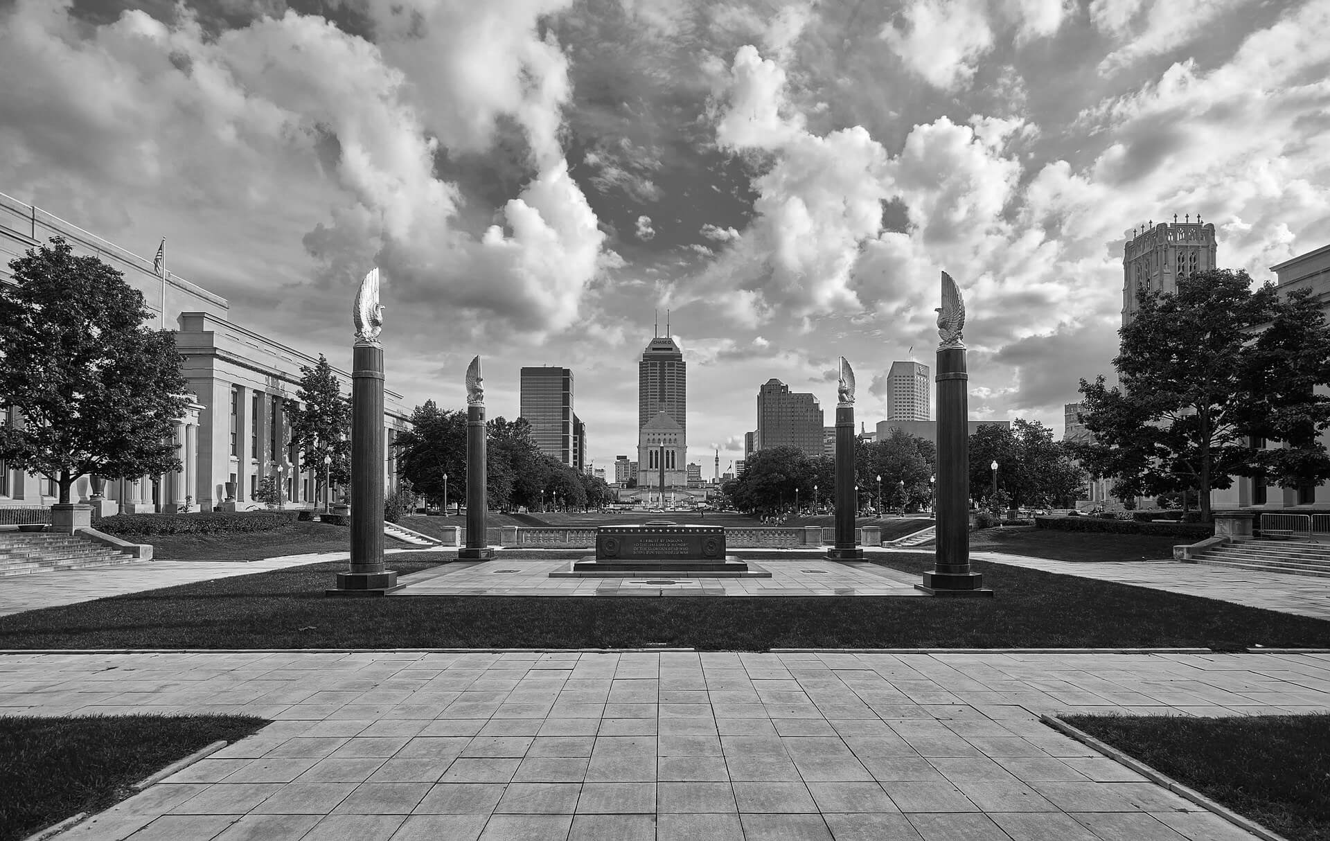 Jeff Jinks Law - Indianapolis Real Estate Attorney - Home Page - Picture of Indianapolis Momument(1)
