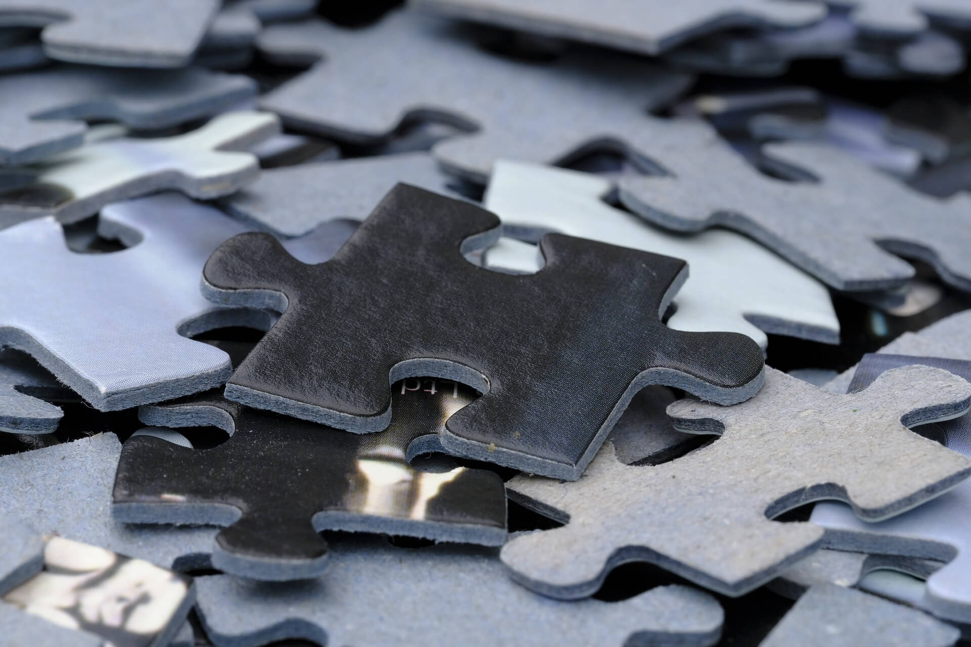Jeff Jinks Law - Indianapolis Real Estate Attorney - Picture of Puzzle Pieces